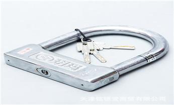专开汽车门锁尾箱锁-匹配遥控芯片智能钥匙_保险柜箱开锁换锁修锁-更改电子指纹密码公司电话