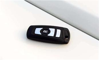 摩托车汽车专业开锁修锁 匹配芯片钥匙电话_专业开汽车门锁 配遥控防盗智能感应钥匙电话