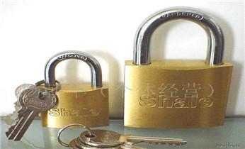 开锁换锁公司电话-保险箱柜开锁修锁换锁-ATM开锁_开锁换锁公司电话-保险箱柜-防盗门-指纹锁安装