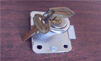 开锁修锁公司电话-开汽车摩托车尾箱锁 配遥控智能钥匙_附近紧急开锁公司维修锁换锁体芯-玻璃门锁-门禁锁-保险柜箱