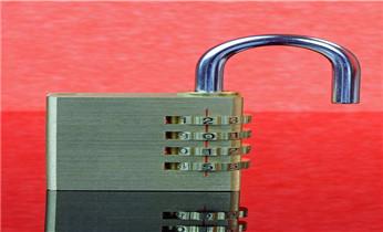 防盗门开锁修锁换锁安装指纹锁电话_附近专业开锁修锁换锁指纹锁安装公司电话