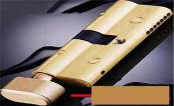 开汽车尾箱锁 配遥控智能钥匙电话_附近开换修锁指纹锁安装公司师傅电话
