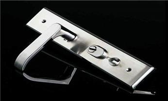 开保险柜锁公司电话-专业开锁修锁换锁芯匹配钥匙_开锁公司电话-开锁维修锁换锁体芯-电子智能指纹锁安装