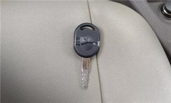 附近专业上门开锁修锁换锁匹配汽车遥控钥匙电话_专业开汽车门锁 配遥控防盗智能感应钥匙电话