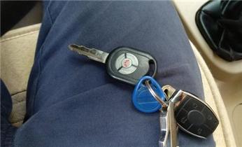 开锁维修锁换锁体芯防盗门/保险柜-配汽车锁遥控钥匙_开锁换锁公司电话-附近紧急开锁维修锁换锁体芯配汽车锁遥控钥匙