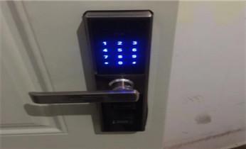 开锁换锁公司电话-保险箱柜开锁修锁换锁-ATM开锁_专业开保险柜箱公司电话-防盗门-保险箱柜-开锁维修锁换锁体芯